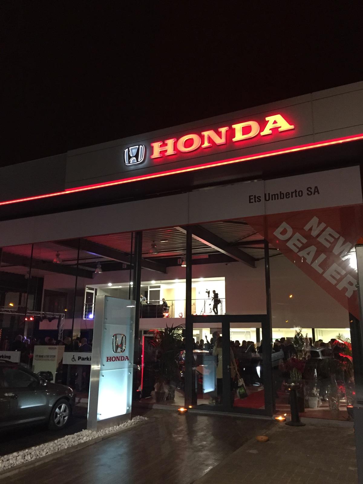 Tom Le Magicien - Honda