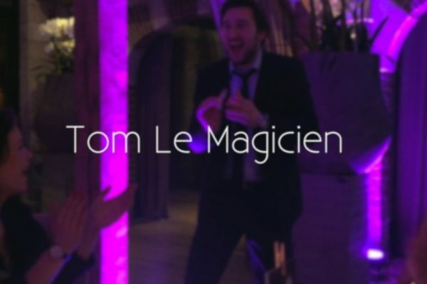Tom Le Magicien – Tables à Tables